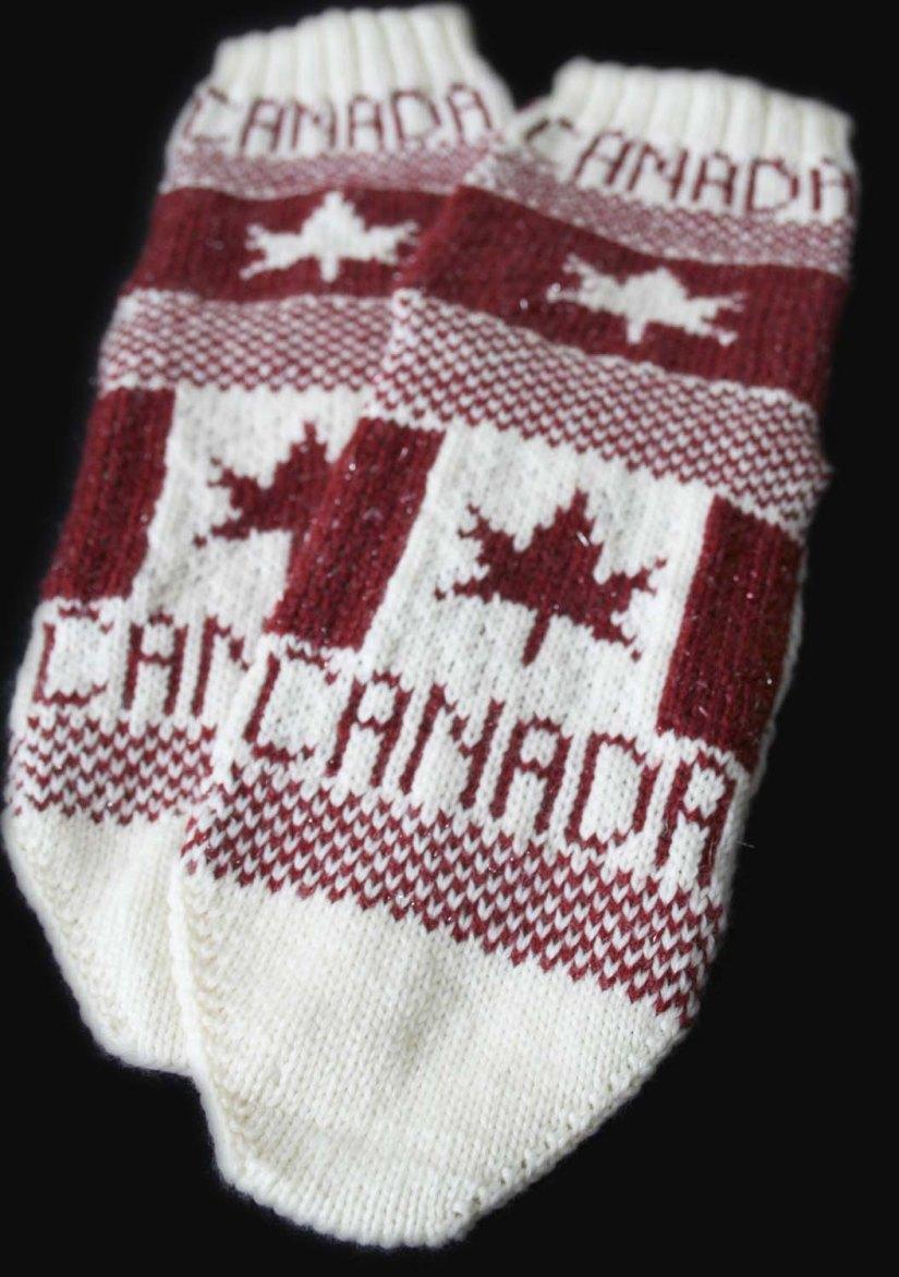FLAGSOCKS_CANADA_72STS_01